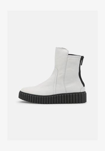 BIANCA  - Platform ankle boots - white