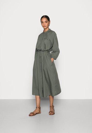 DRESS FEMININE SLEEVE MIDI LENGTH - Shirt dress - olive garden