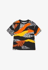 Puma - CLASSICS WILD TEE - Triko spotiskem - multicoloured - 2