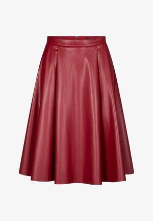LEDER-OPTIK - Pleated skirt - grapefruit rot