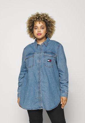 SHIRT - Skjorte - denim medium