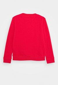 GANT - MEDIUM SHIELD - Sweatshirt - atomic orange - 1