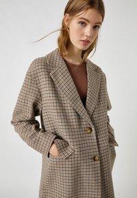 PULL&BEAR - Short coat - dark grey - 3
