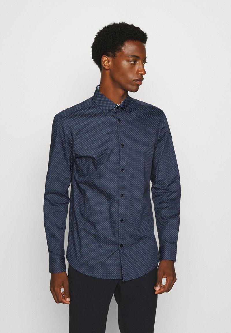 Selected Homme - SLHSLIMNEW MARK - Zakelijk overhemd - dark blue