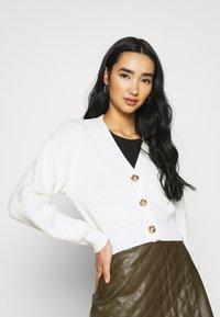 BDG Urban Outfitters - KAI CARDIGAN - Kardigan - cream - 0