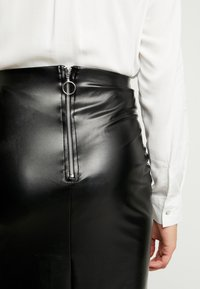 Gina Tricot - ANDREA SKIRT - Falda de tubo - black - 4