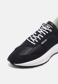 Mercer Amsterdam - RACER VEGAN - Sneakers basse - navy - 6