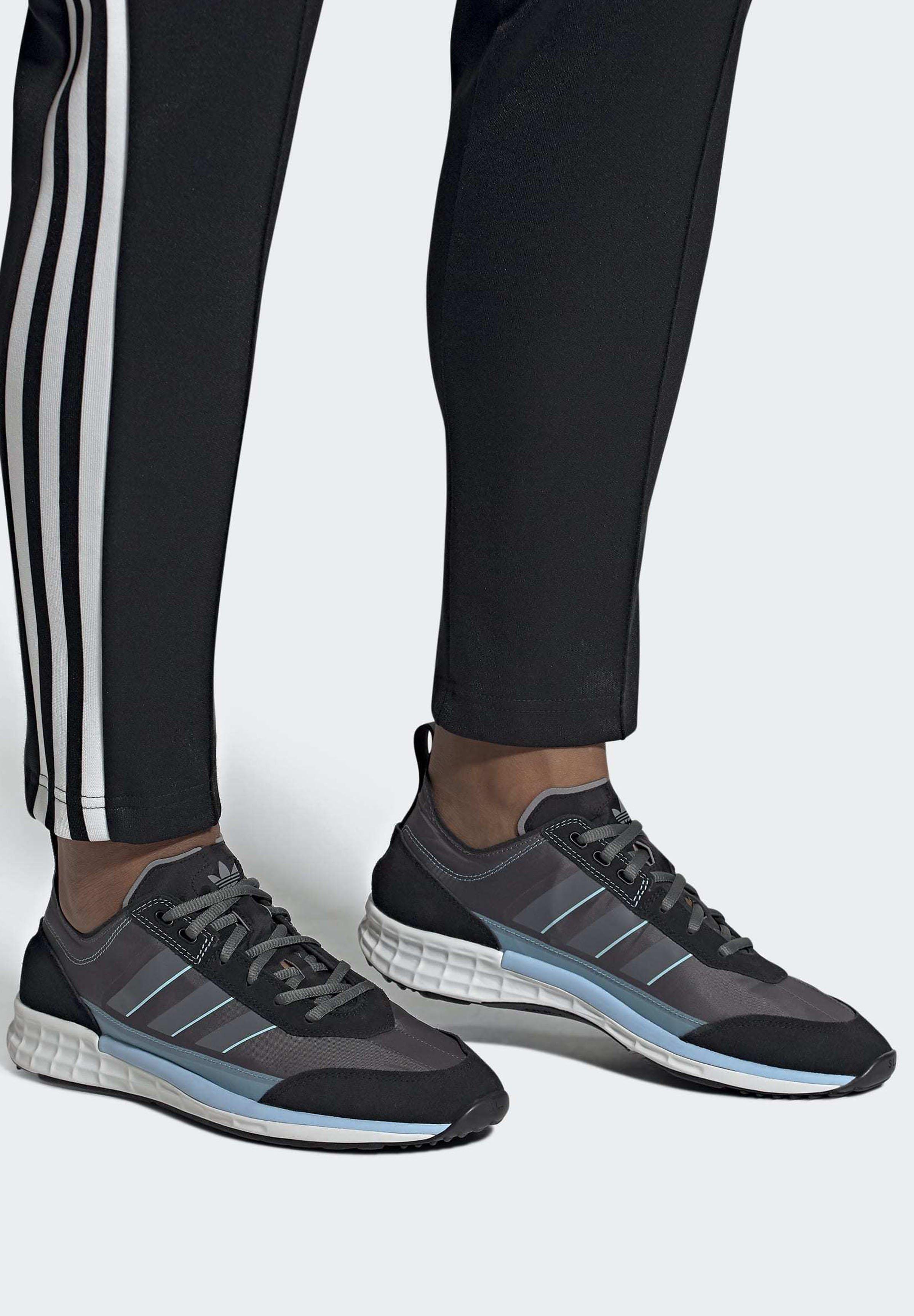 adidas Originals 2020-03-01 SL 7200 SHOES - Baskets basses - black eQlFwS1O