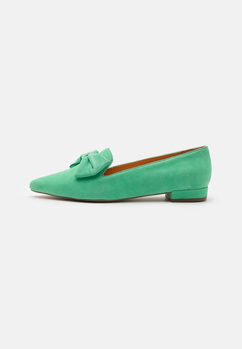 Copenhagen Shoes - BE GOOD - Slip-ons - green