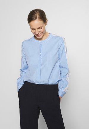 MAYLA  - Blouse - copenhagen blue