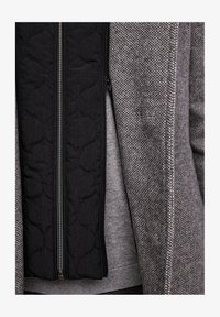 s.Oliver BLACK LABEL - STEHKRAGEN - Short coat - grey melange - 6
