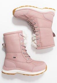 UGG - ADIRONDACK III FLUFF - Snowboot/Winterstiefel - pink - 1