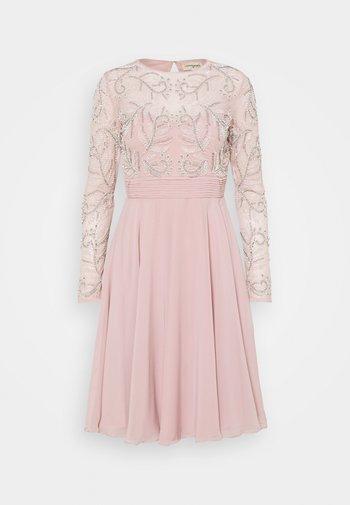 NATALIE SKATER - Vestito elegante - pink