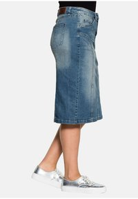 Sheego - Denim skirt - blue denim - 3