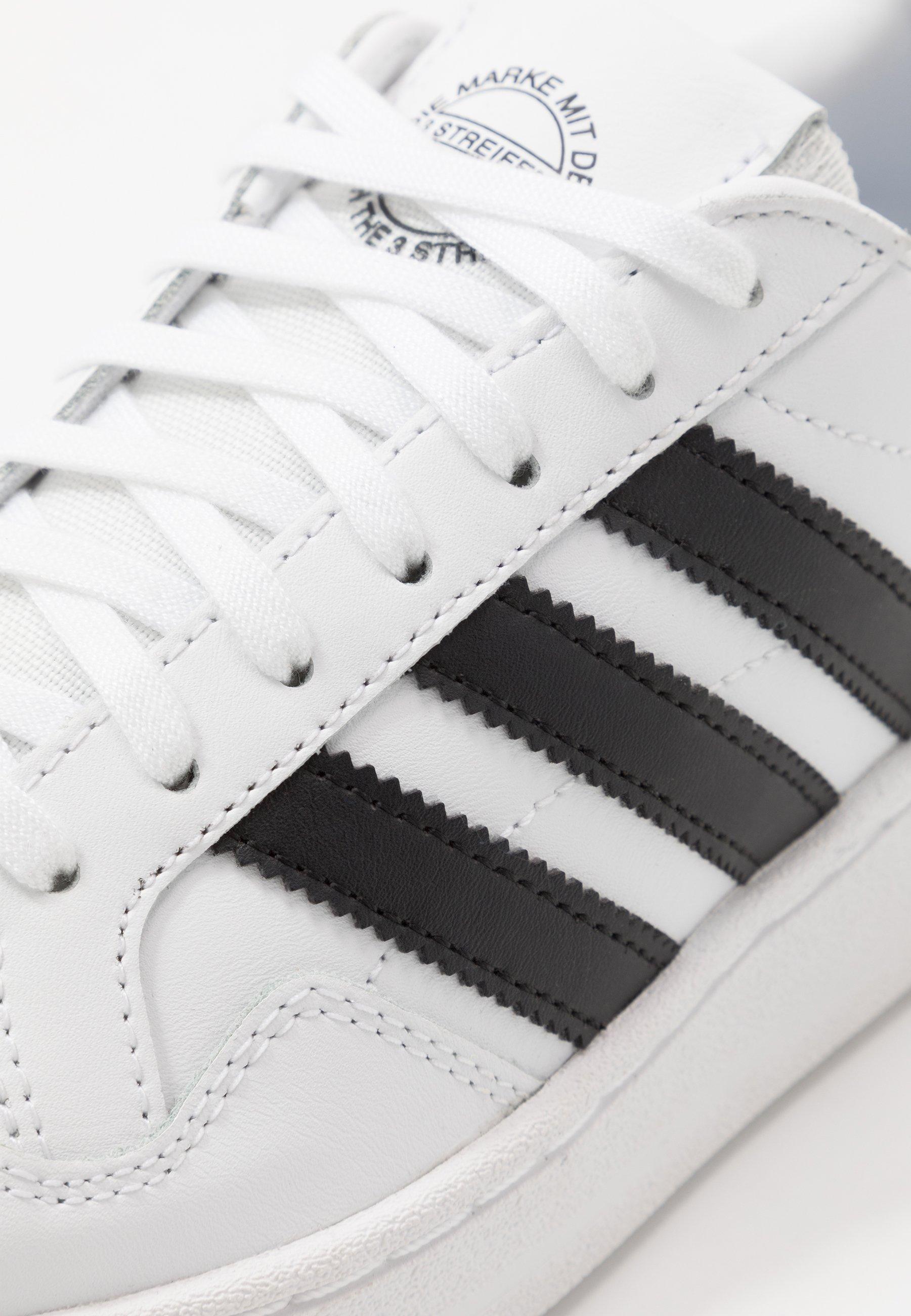 Les mieux notés Meilleurs prix adidas Originals TEAM COURT  Baskets basses footwear white/core black aUypn