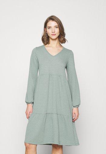 ONLGRACE DRESS - Jersey dress - chinois green