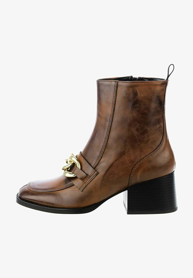 LIVATA - Classic ankle boots - brown