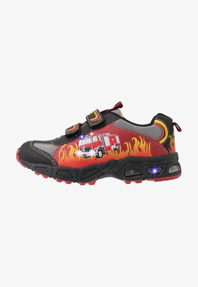 HOT - Sneakers - rot/schwarz/gelb
