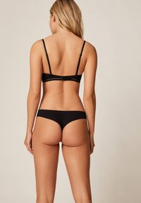 OYSHO - String - black - 2