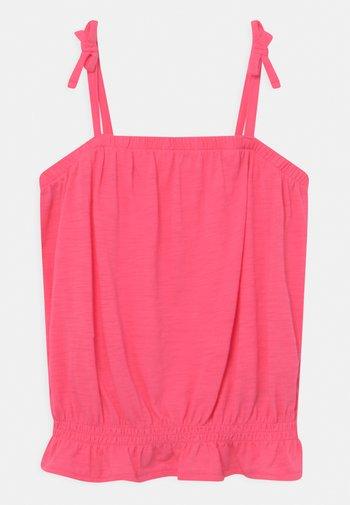 GIRL - Top - pink light
