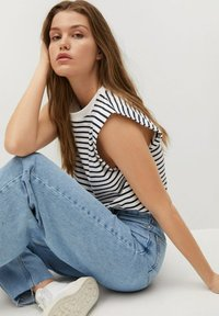 Mango - Jeans Relaxed Fit - mittelblau - 4