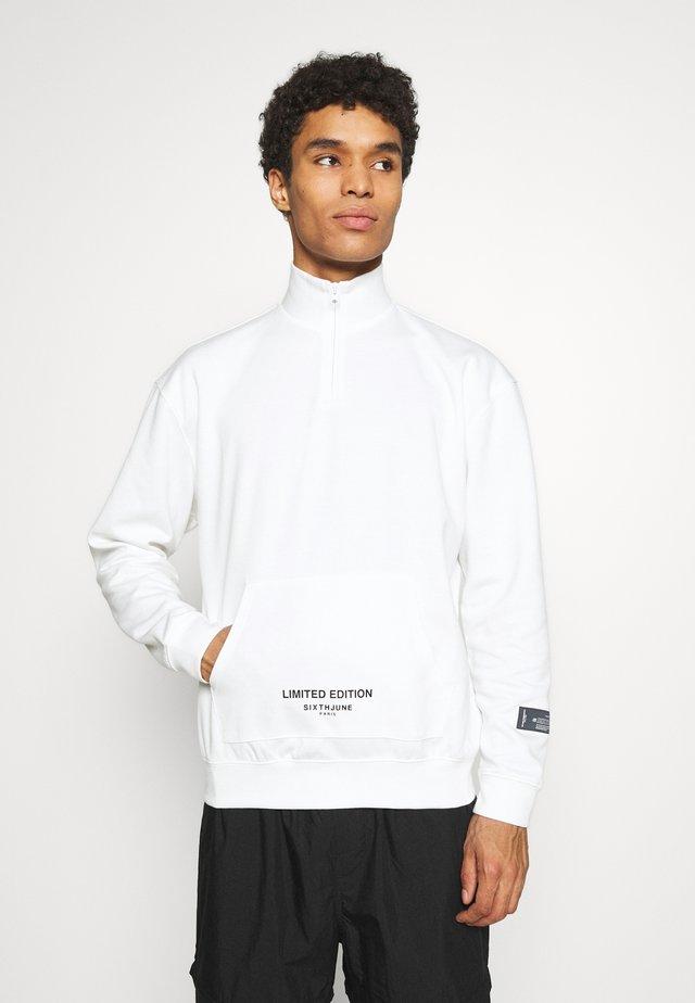 ESSENTIAL ZIP UP  - Bluzka z długim rękawem - white