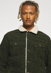 Lee - SHERPA JACKET - Light jacket - rosin - 3
