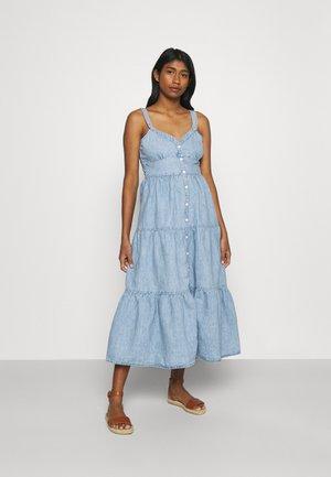 SABINE DRESS - Denimové šaty - light-blue denim