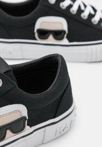 KARL LAGERFELD - KAMPUS II IKONIC LACE - Sneakers - black - 6