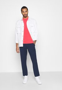 Tommy Jeans - SOLID SCANTON PANT - Bukser - twilight navy - 1