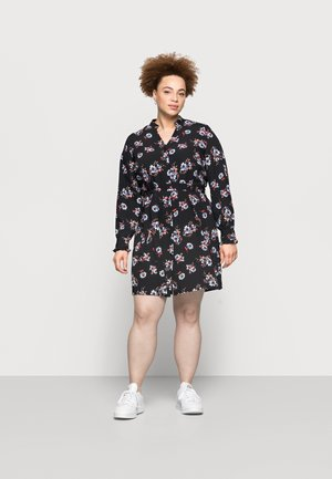 PCLUNILLA SHIRT DRESS - Shirt dress - black