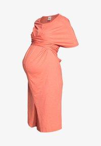 ZADIE - Žerzejové šaty - coral