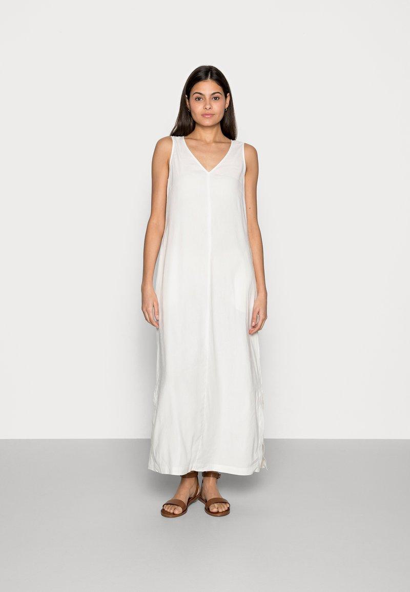 Marc O'Polo - DRESS RELAXED TANK STYLE V-NECK SLITS - Maxi dress - cotton white