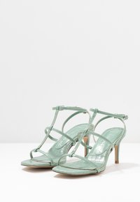 New Look Wide Fit - WIDE FIT TUTTING - Sandalias - light green - 4