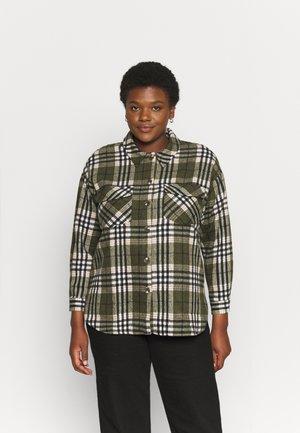 VMSHAY SHIRT VIP - Button-down blouse - ivy green/black