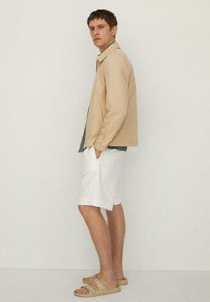 RICK - Shorts - ecru