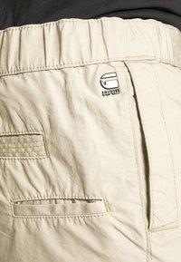 G-Star - FRONT POCKET SPORT SHORT - Shorts - khaki - 6