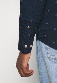 Jack & Jones - JORTONS DITSY - Camisa - navy blazer - 3