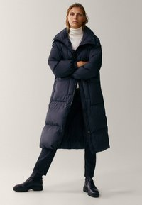 Massimo Dutti - MIT STEPPNÄHTEN  - Winter coat - dark blue - 1