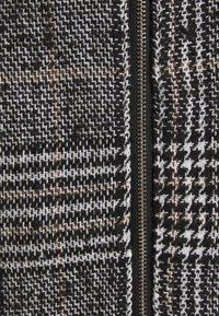 Pieces - PCJULIA SKIRT - Mini skirt - black - 2