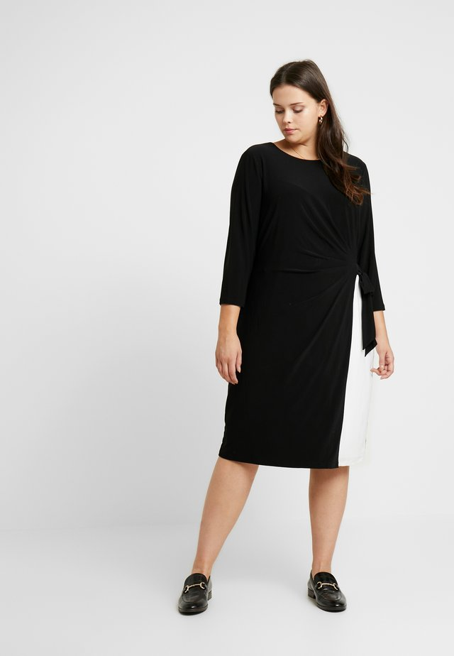 ROBBYANN 3/4 SLEEVE DAY DRESS - Jerseyjurk - black/lauren white