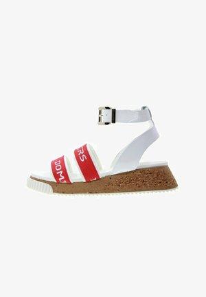 Sandales à plateforme - rojo