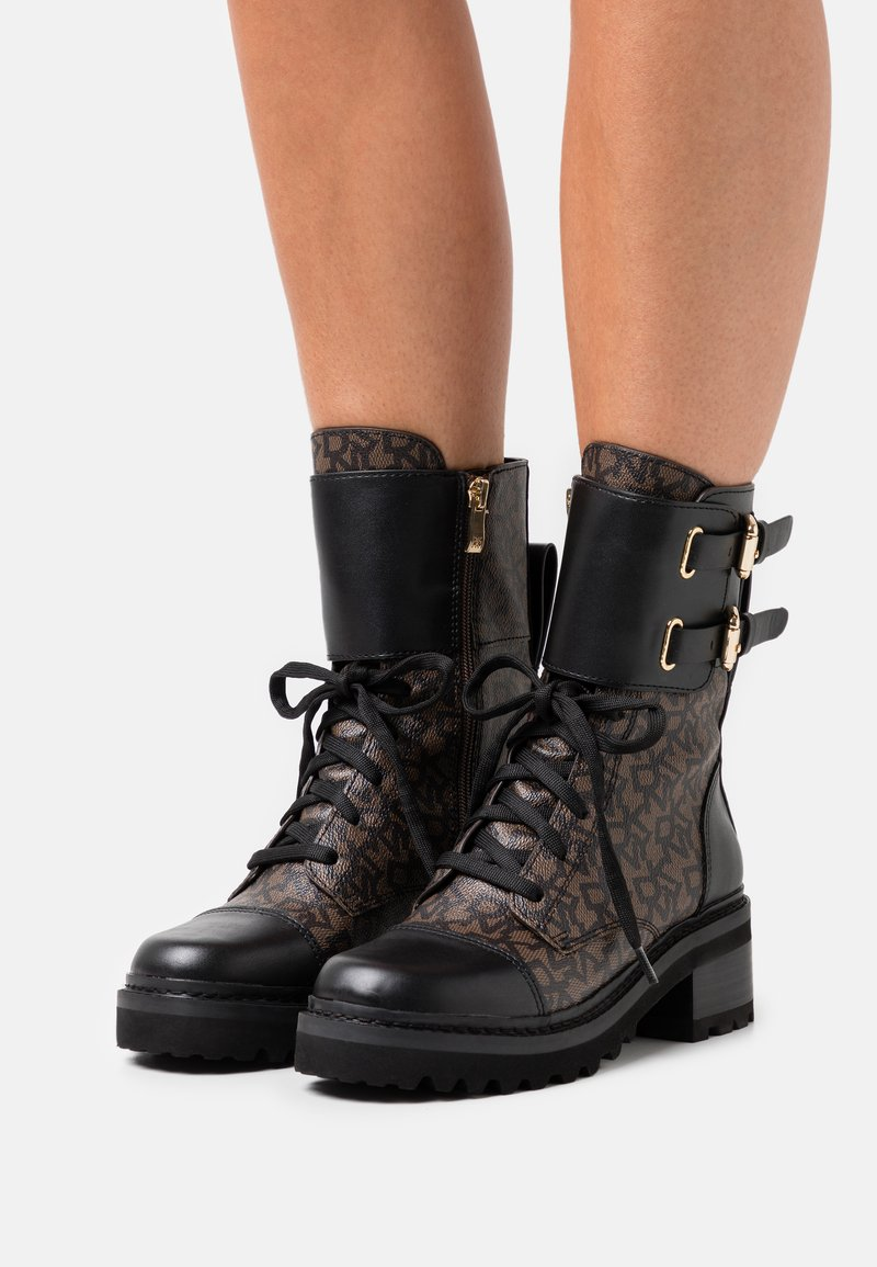 DKNY - BART COMBAT BOOT BUCKLE - Lace-up ankle boots - brown/black