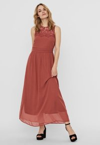 Vero Moda - VMVANESSA DRESS ANCLE - Suknia balowa - marsala - 2