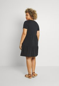 Vero Moda Curve - VMFILLI CALIA DRESS - Jersey dress - black - 2