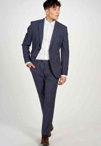 MDB IMPECCABLE - Blazer jacket - dark blue - 3