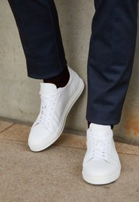 Selected Homme - Sneakers basse - white - 3