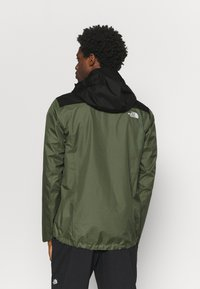 The North Face - QUEST ZIP IN JACKET - Chaqueta Hard shell - thyme/black - 2