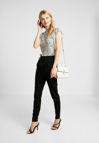 Vero Moda Tall - VMEVA LOOSE STRING PANTS  - Legíny - black - 2