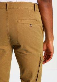 YOURTURN - Pantaloni cargo - camel - 4